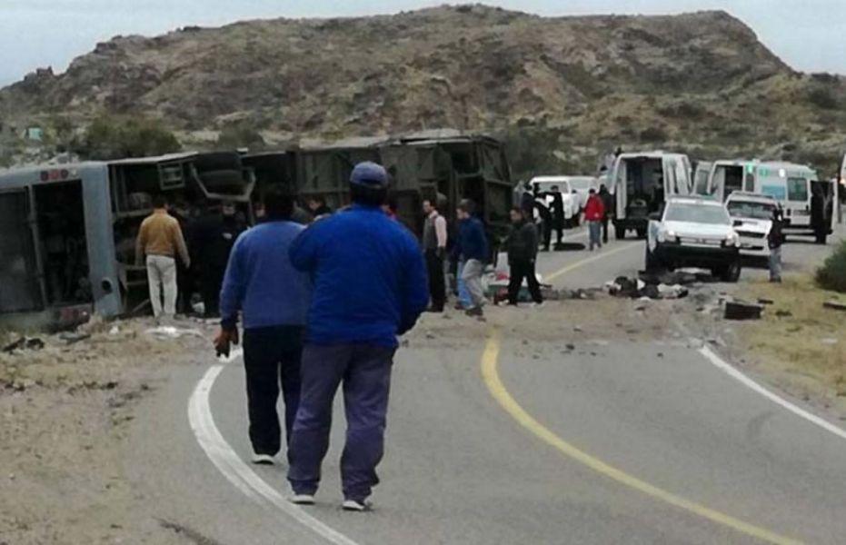 Trágico final del micro con 54 pasajeros, en su mayoría niñas y adolescentes, se dirigía a San Rafael luego de una visita turística a Las Leñas.