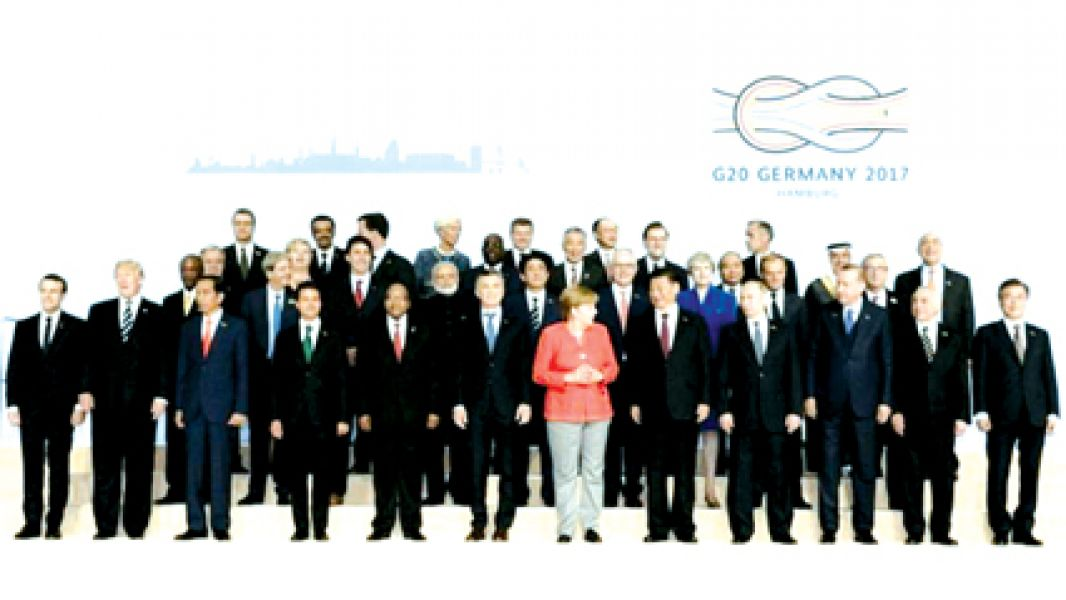 Se espera hoy una declaración final del encuentro mundial de líderes.