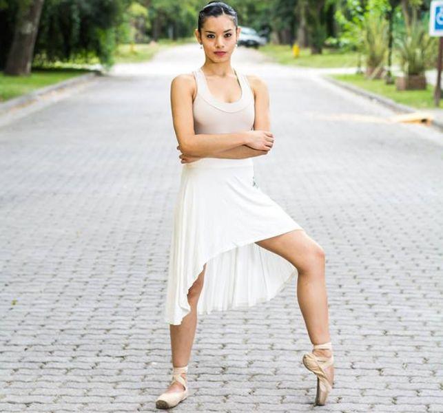 """Guadalupe Núñez mostrará sus dotes de bailarina junto a un grupo de amigos """"En el baile, en la vida"""", clasico, contemporáneo y tango."""