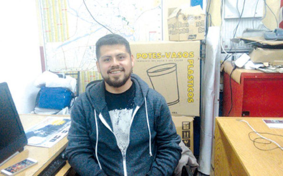 Claudio Yapura, pre candidato a concejal en Campo Quijano, por el partido Felicidad.