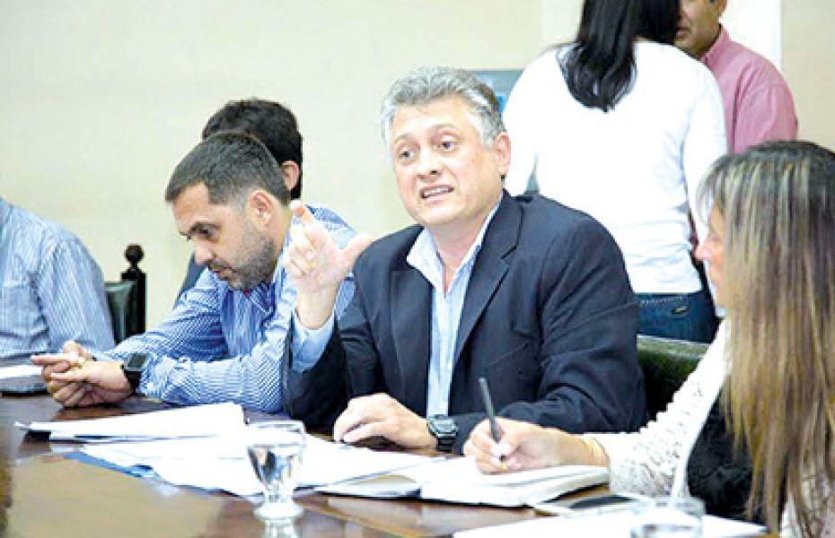 Respetando las combinaciones y tiempos entre las líneas no se cobra el segundo boleto, dijo Claudio Mastrandrea, presidente de Saeta.