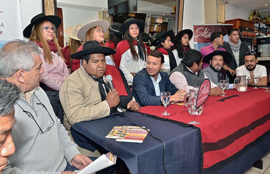 La intendencia de La Viña y Cultura y Turismo, en el lanzamiento del festival que se concreta este fin de semana.