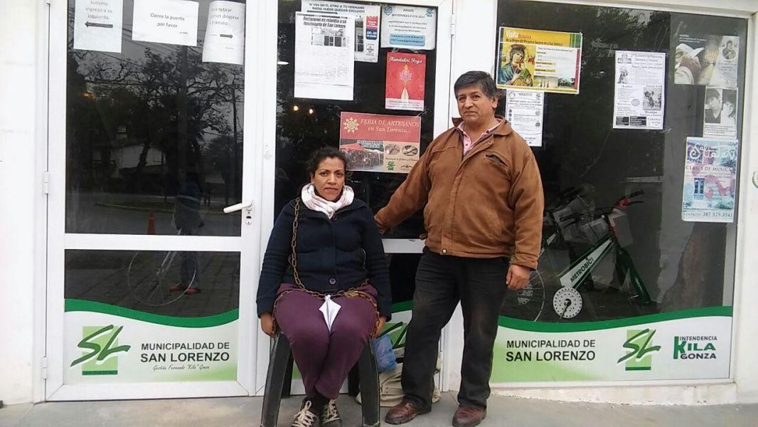 Ramona Cabezas y Sergio Aragón, cesanteados. Los municipales de San Lorenzo están de paro por tiempo indeterminado solicitando la reincorporación.