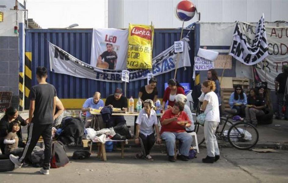 """""""El accionar de la jueza Andrea Rodríguez Mentasty, quien autorizó el desalojo, fue """"ilegal"""" e """"inverosímil"""", dijo el abogado de los trabajadores."""