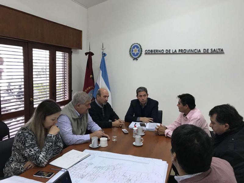 Gómez Almaraz se reunió con  Gerardo Villalba por la reubicación de los criollos de Rivadavia Banda Norte