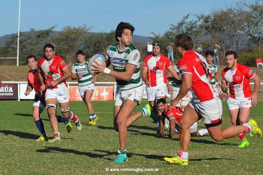 Universitario logró una victoria clave ante Jockey y se acerca a la clasificación a la ronda final (Foto gentileza Norterugby.com.ar)
