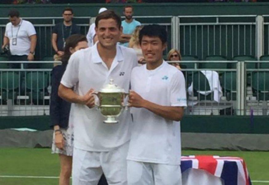 El argentino Axel Geller junto a su compañero Yu Hsiou Hsu