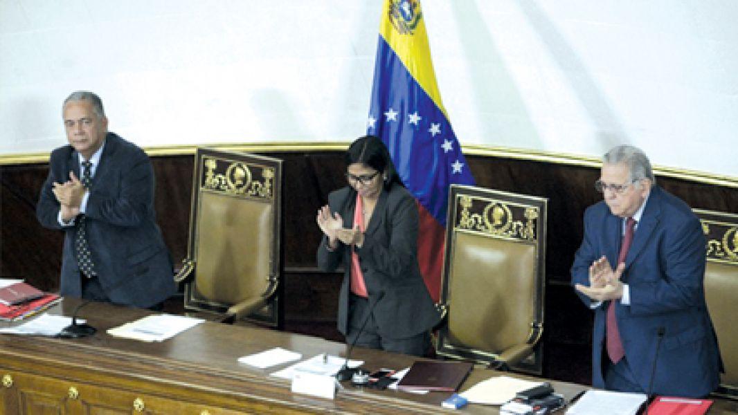 Se abrió un nuevo conflicto en Venezuela por la decisión de la Asamblea Constituyente.
