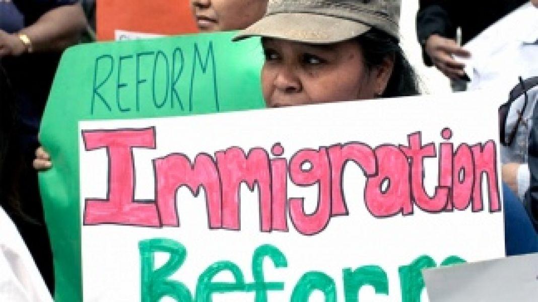 Unos 800 mil jóvenes indocumentados residen en EE.UU.