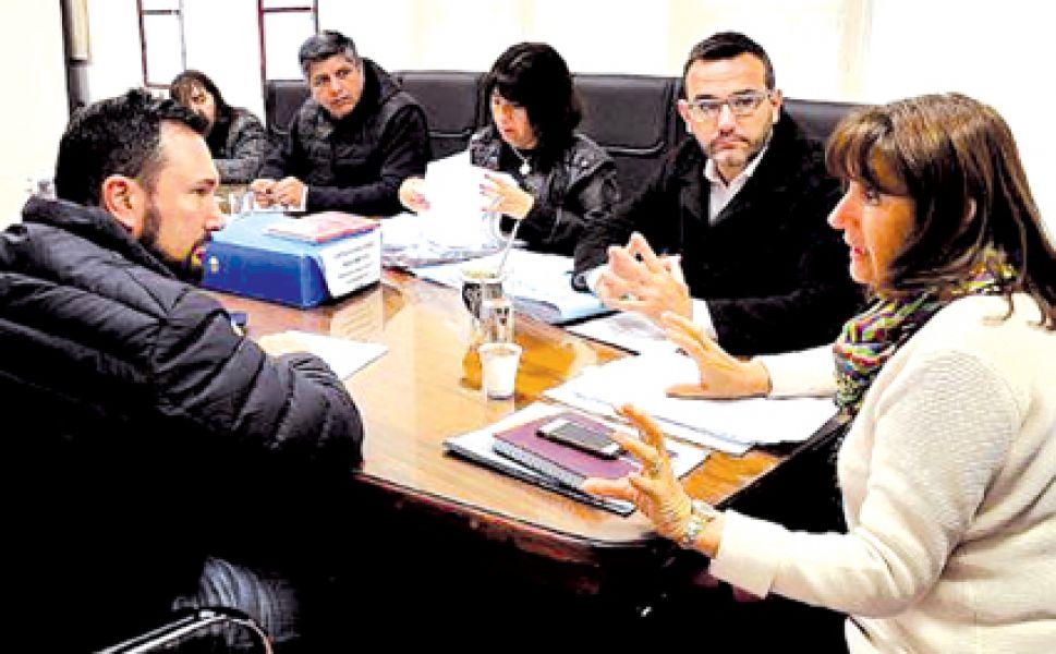 Reunión en el CD de la Comisión de Tránsito,Transporte y Seguridad Vial.