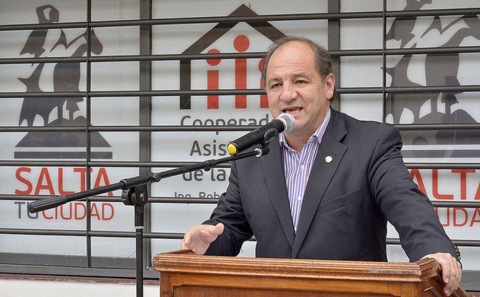 """""""Es importante trabajar con seriedad y no hacer propuestas oportunistas por votos"""", dijo Ricardo Villada."""
