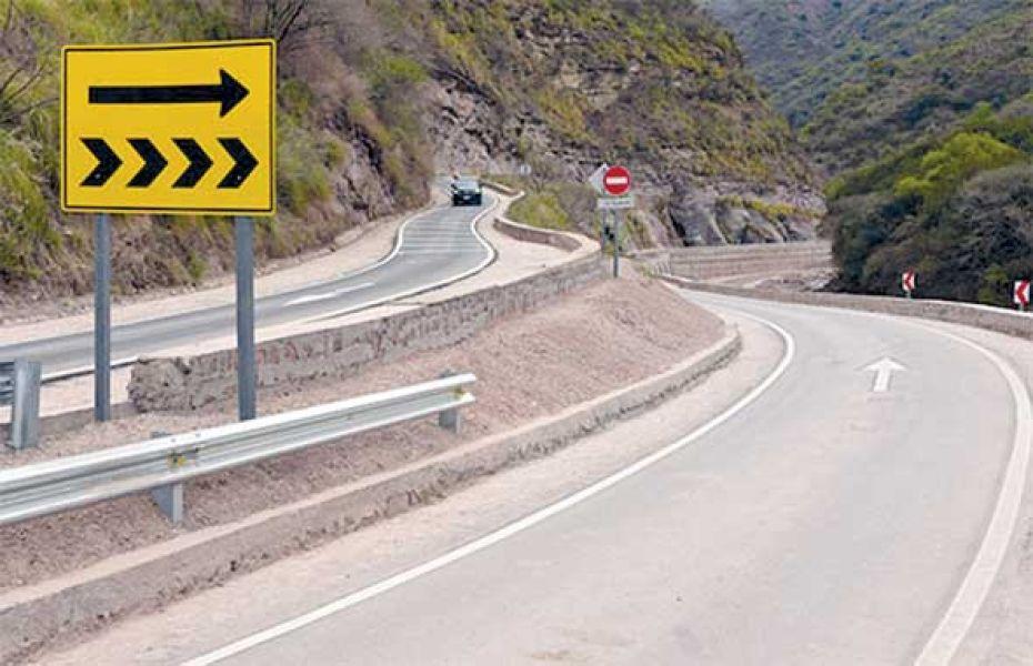El nuevo tramo de la ruta 33 que va a los Valles Calchaquíes, va desde El Nogalar hasta Mal Paso.