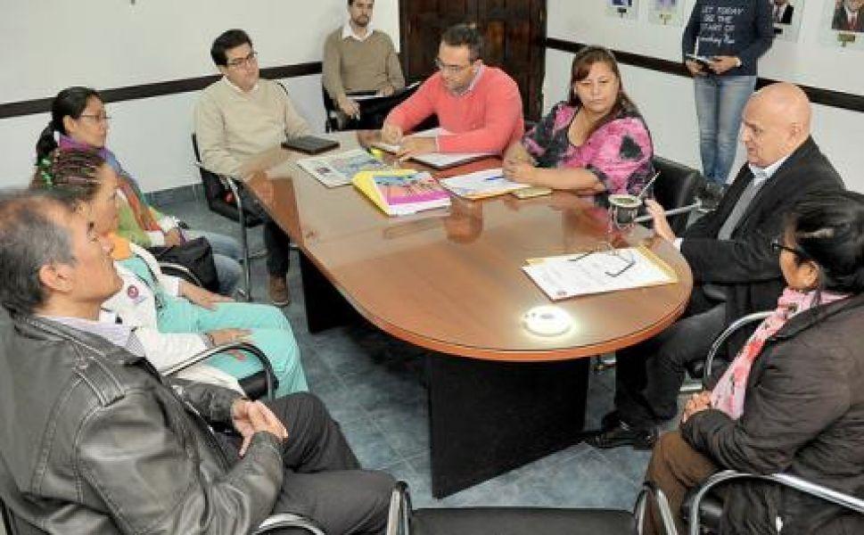 La Comisión de Salud y Niñez del CD junto al Consejo Asesor del hospital San Bernardo.