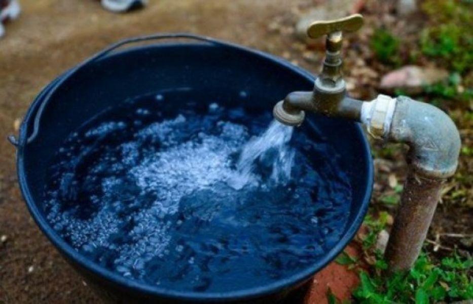 Los reclamos por carencia o falta de agua en los barrios y poblaciones de la provincia son históricos.