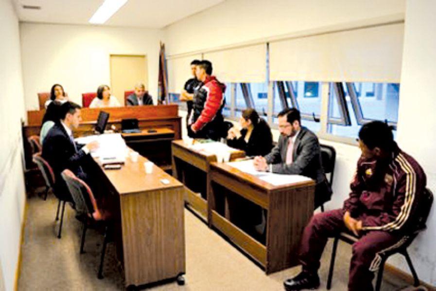 El acusado Colparis declaró en su juicio por el crimen del taxista y quedó más comprometido