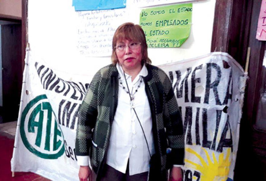 Nelly Sánchez, Delegada de ATE, reclamó del cumplimiento de lo acordado mediante actas en junio y julio de este año.
