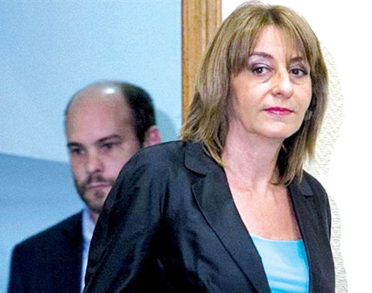 La procuradora general de la Nación,Alejandra Gils Carbó, se defiende de las acusaciones.