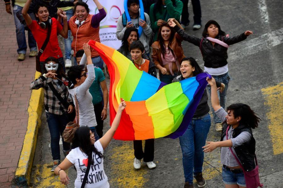 Hoy en el Teatro Municipal tendrá lugar uno de los encuentros culturales por el mes de la diversidad sexual.