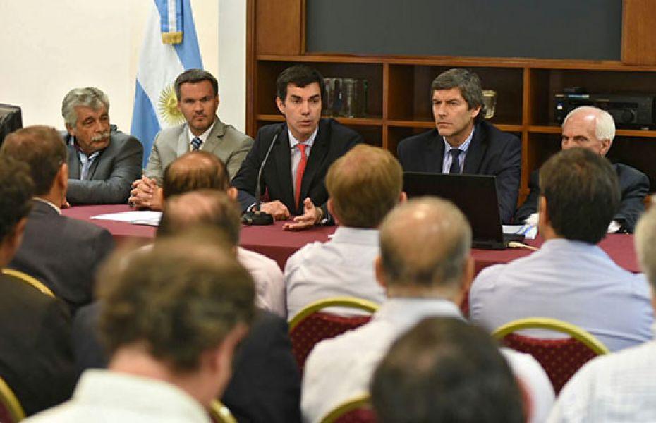 El gobernador Urtubey lanzó su propuesta de crear una Tasa de Inspección Municipal única para toda la Argentina del 1% sobre las ventas.