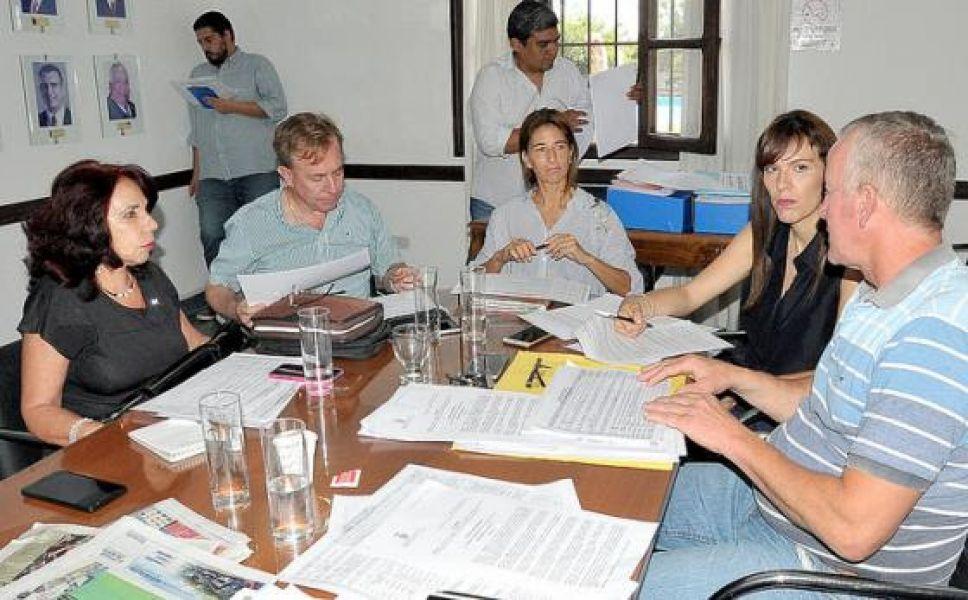 Reunión de la comisión de Legislación General en el CD capitalino.