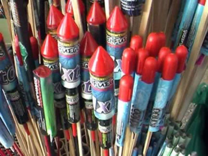 Control Comercial recordó que existe una prohibición por ordenanza de la venta de bombas de estruendos.
