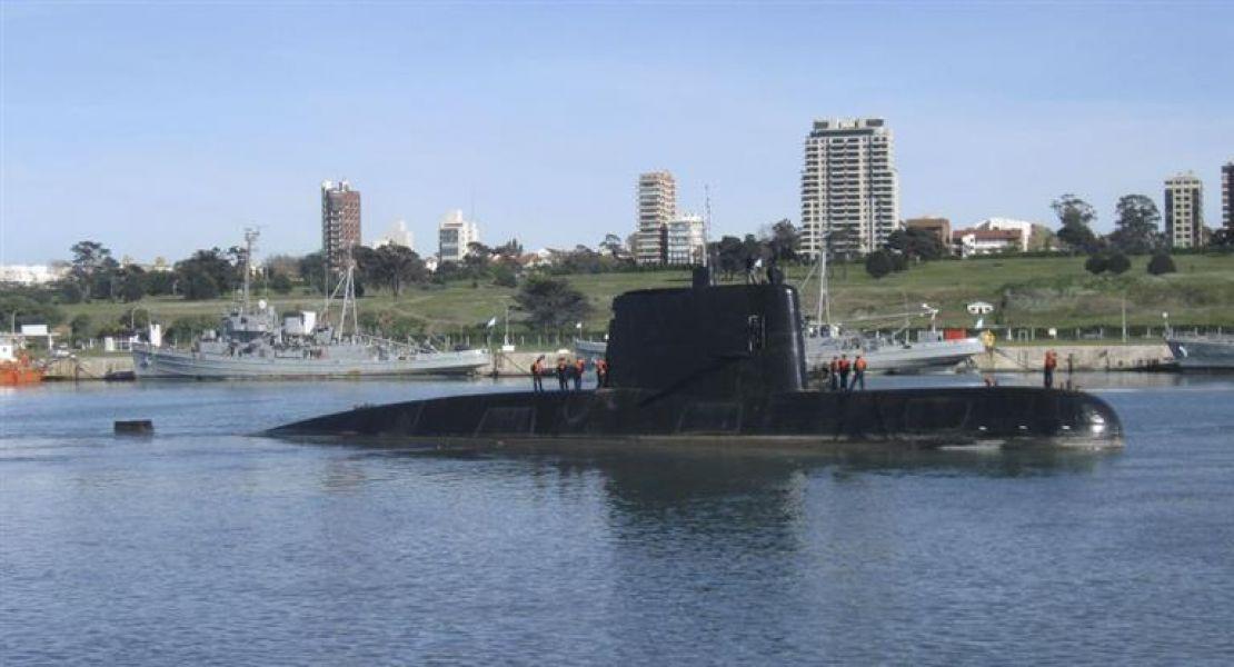 Familiares del desaparecido submarino ARA San Juan están cada vez más indignados con la actuación de la Armada.