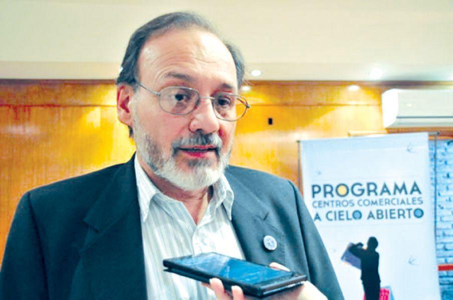 """""""El impuesto a los ingresos brutos es gravoso para el comercio"""", aseguró Rubén Barrios, titular de la Cámara de Comercio."""