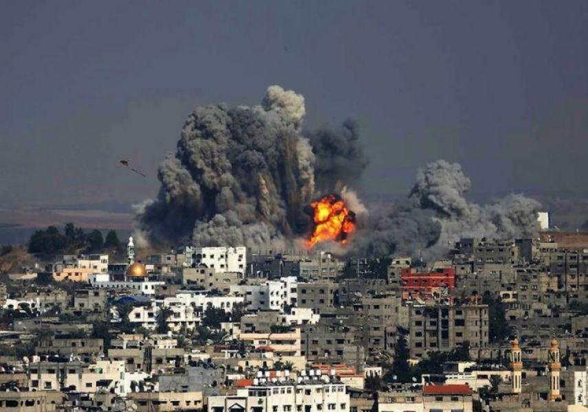 Israel bombardeó Gaza y enclaves de Hamas por el anuncio de Trum de trasladar la embajada a Jerusalén y reconocerla como Capital de Israel.