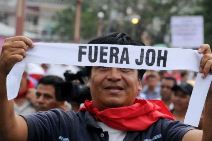 Hondureños exigen que EEUU no apoye el fraude.