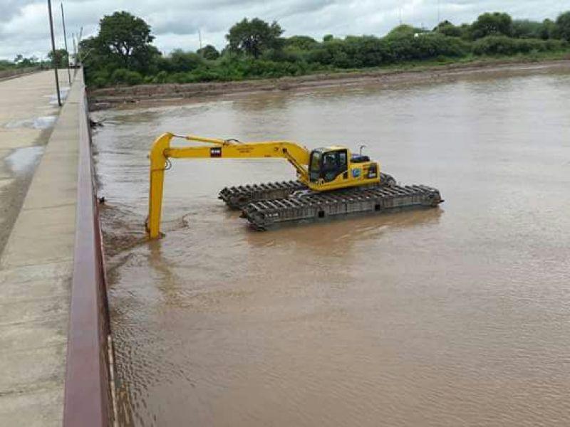 La limpieza en el río Pilcomayo, del lado paraguayo (Foto: Gentile-za Brian Salazar).