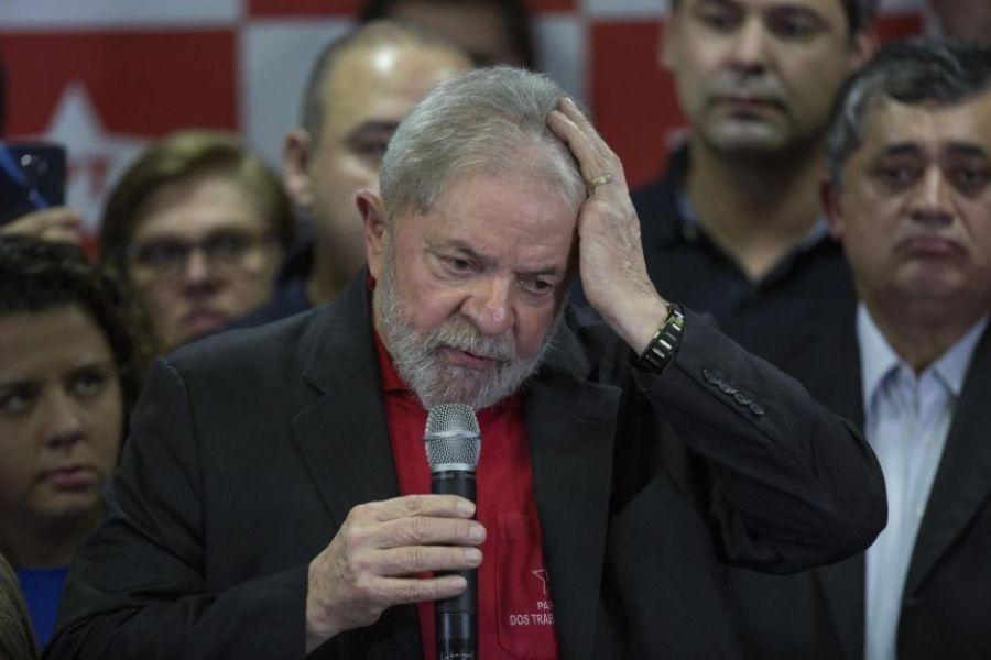 """Otro revés judicial para Lula Da Silva, su abogado pidió """"la nulidad del proceso y la nulidad de la sentencia"""", aduciendo falta de pruebas."""