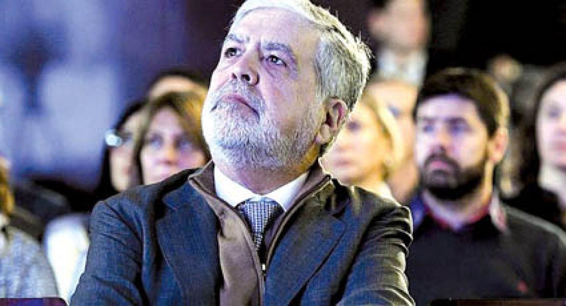 El ex ministro de Planificación, Julio De Vido, seguirá detenido por otras dos causas.