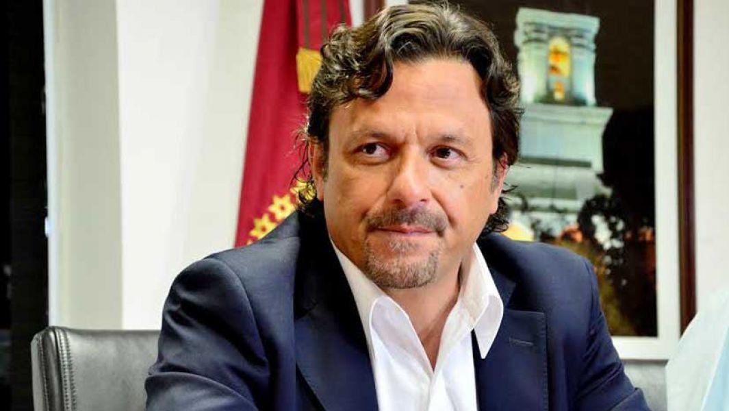 La amenaza se investiga como noticia criminis ya que no existe ninguna denuncia por parte de Gustavo Sáenz.