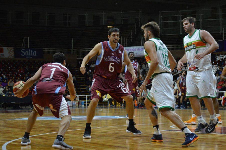 Salta Basket sacó pecho ante Estudiantes anoche en el Delmi.