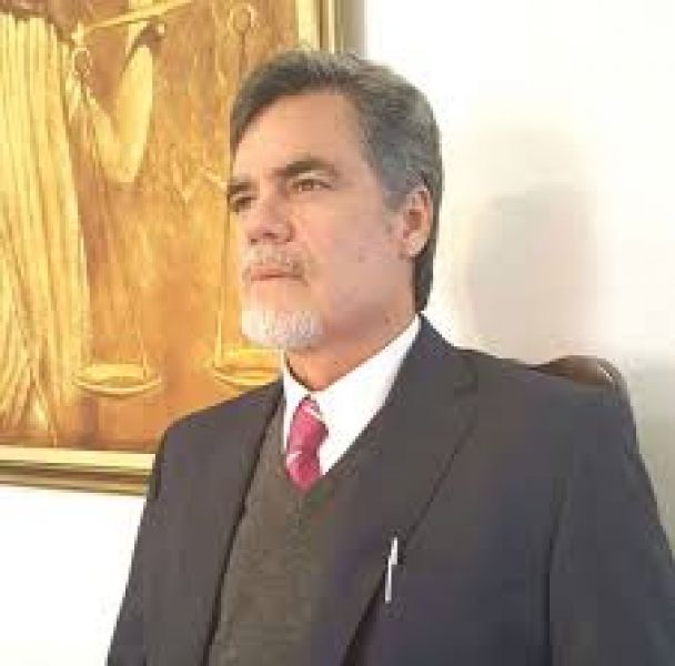 El juez federal Julio Bavio terminó por autorizar a la mamá el cultivo de la cantidad de plantas.