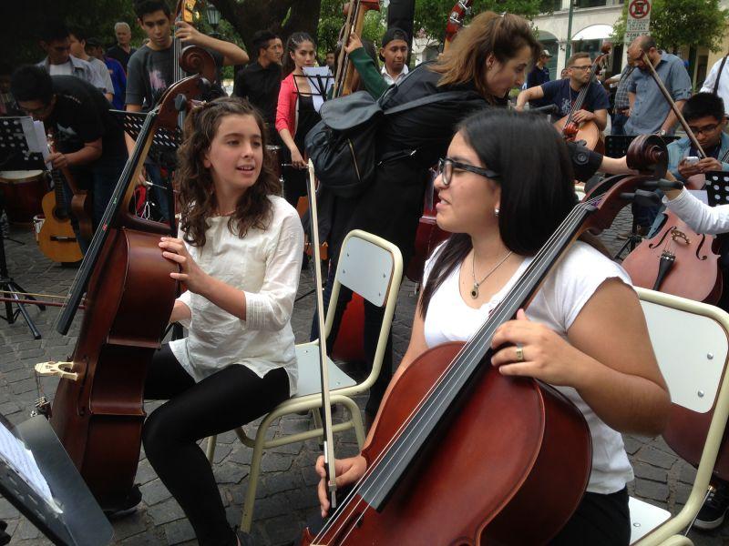 """Los jóvenes músicos interesados en la capacitación """"Ensamble de música barroca"""", pueden inscribirse hasta el 10 de abril."""