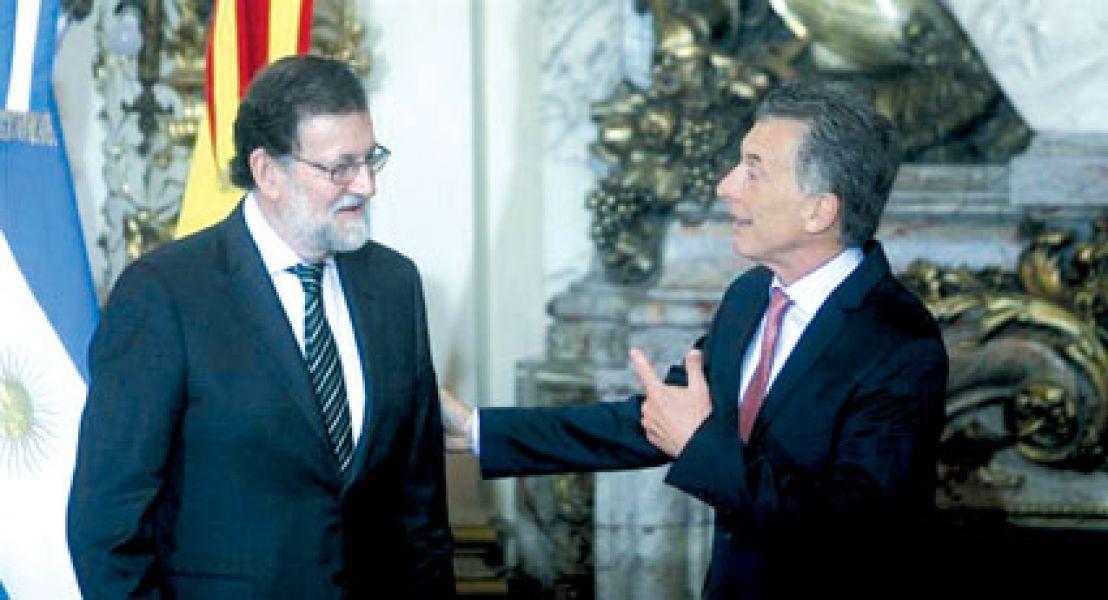 Mariano Rajoy y Mauricio Macri buscan resaltar la buena sintonía entre Argentina y España con una nueva foto juntos.