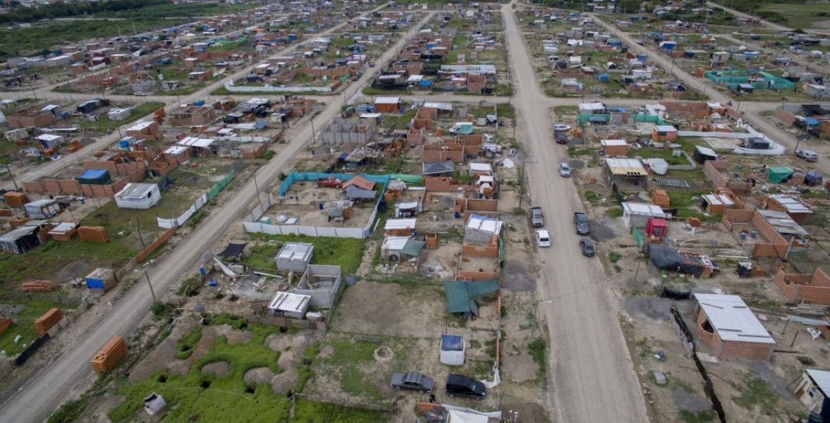 Los vecinos acuden a la Justicia por la falta de respuestas de la provincia y el municipio en relación al ambiente y seguridad.