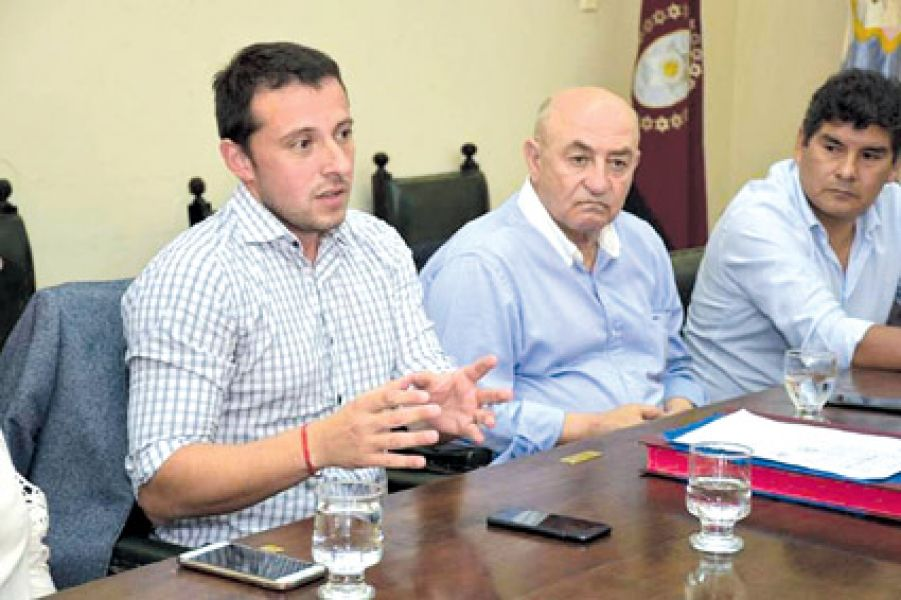 El Registro Civil tendrá dará mayor cobertura a la provincia con 62 oficinas nuevas, dijo Matías Assennato al Senado Provincial.