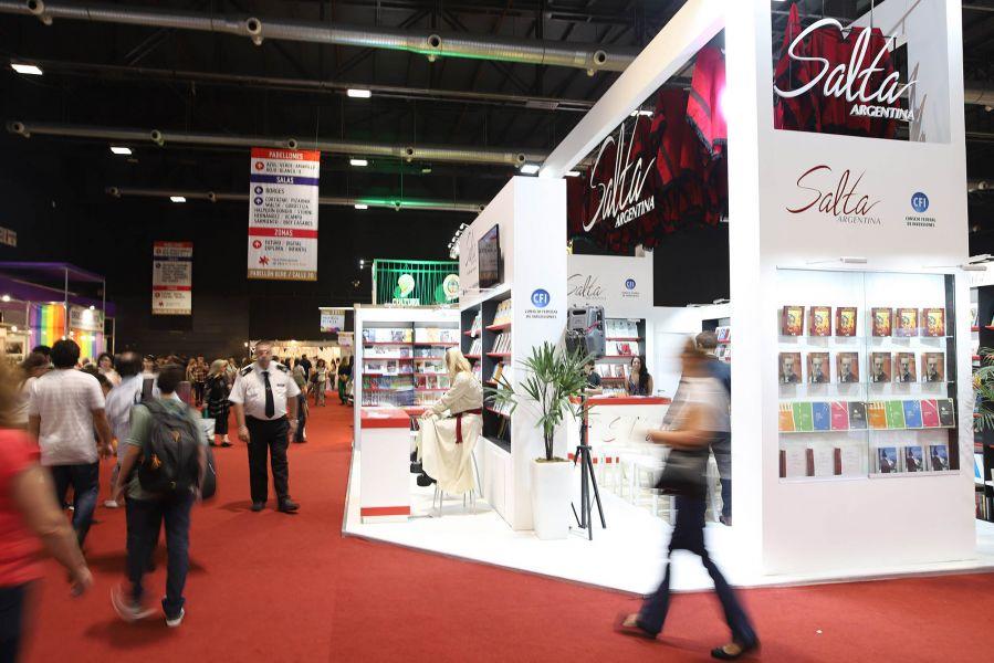 Los 80 metros del stand de Salta en la Feria del Libro en Buenos Aires cubre un auditorio y un espacio para la firma de ejemplares.