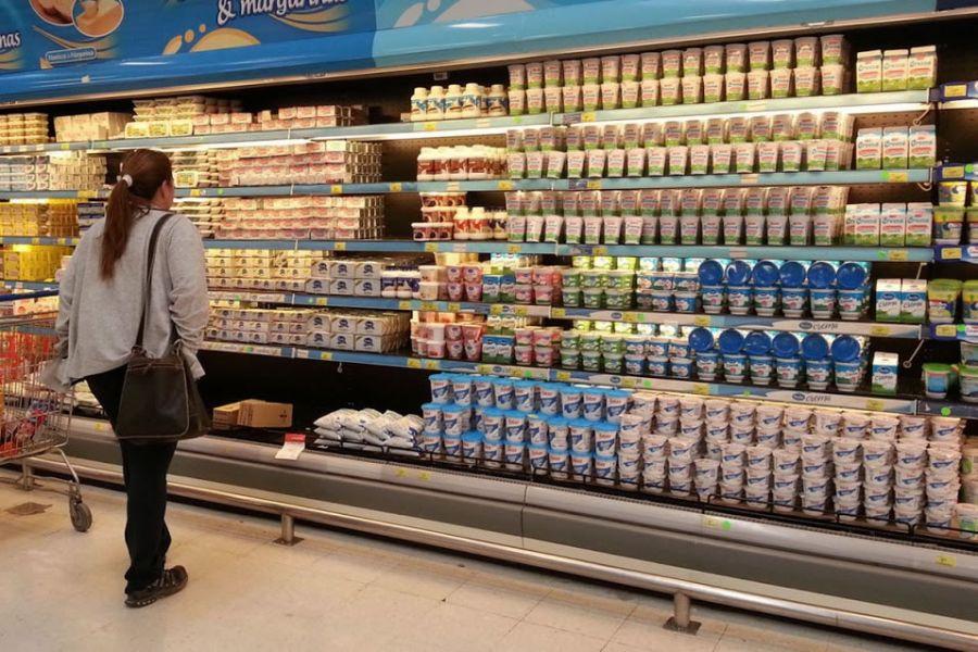 Relevamiento de los precios más convenientes enlácteos, fiambres y dulces.