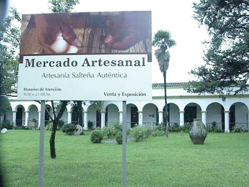 El Mercado Artesanal permanecerá abierto hasta el 31 de julio, tras las vacaciones de invierno los artesanos deberán desocupar el predio.