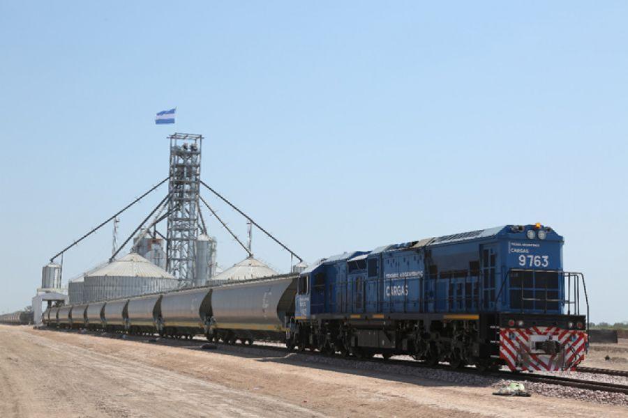 Los trenes cargueros con granos y otros productos hoy transportan el doble de toneladas que en el 2015.