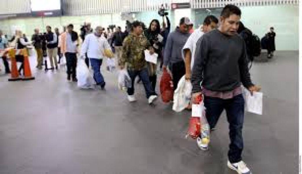 Padres deportados de EE.UU sin sus hijos.