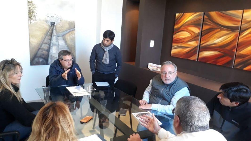 El intendente Cornejo le dijo los vecinos del B° San Antonio, que realizó una cinco actas de inspección por irregularidades ambientales.