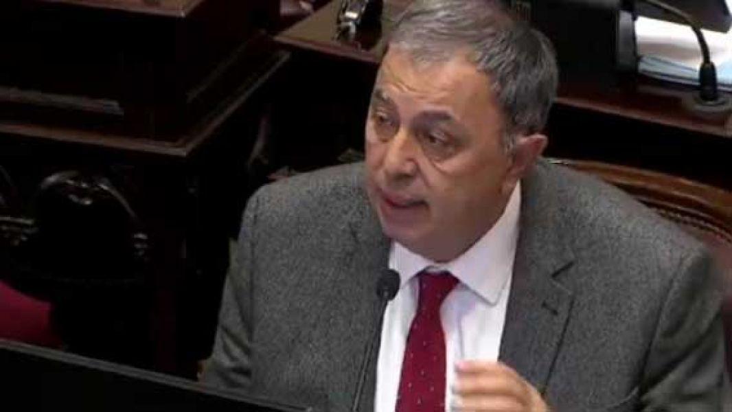Rodolfo Urtubey generó una ola de repudios con sus dichos en el Senado sobre la violación.