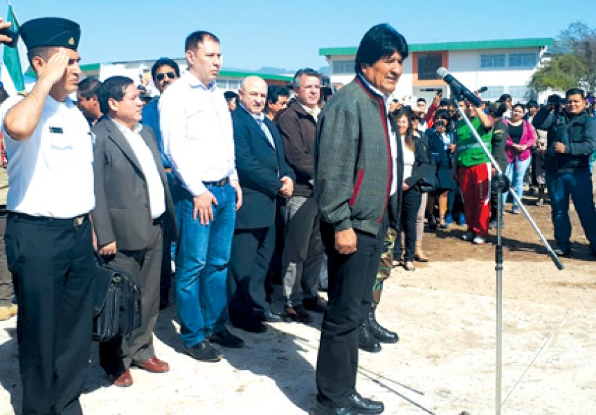 Los legisladores salteños participaron en Yacuiba. El Foro del Gran Chaco apoya aplicar un plan social para residentes de Bolivia y Paraguay.