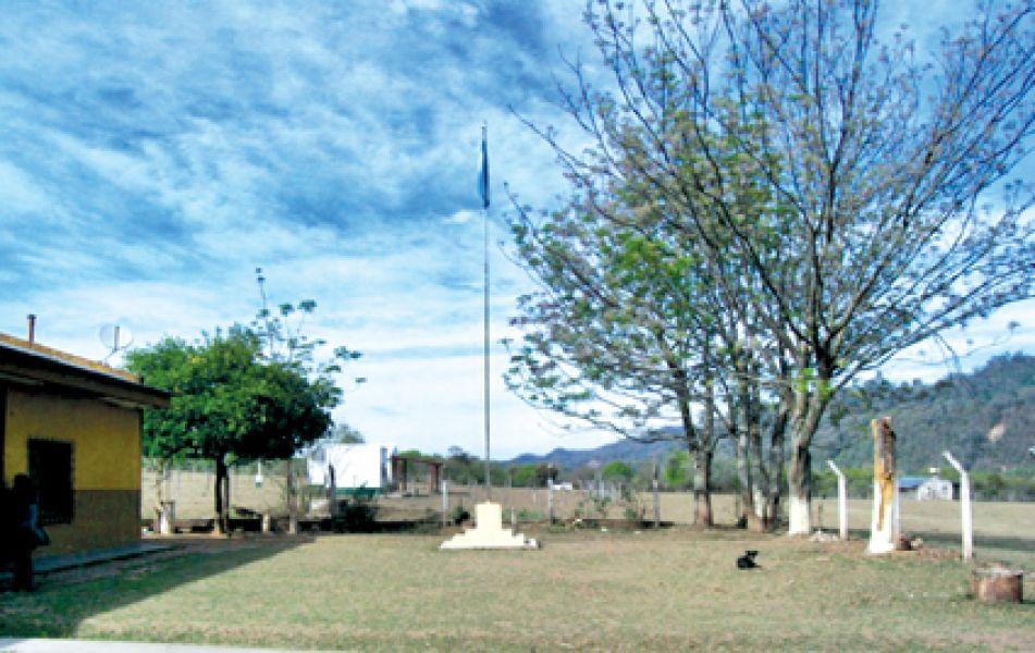 Un ladrón para robar sometió a todo tipo de tormentos a la directora de la escuela primaria del paraje Campo Largo en Aguaray.