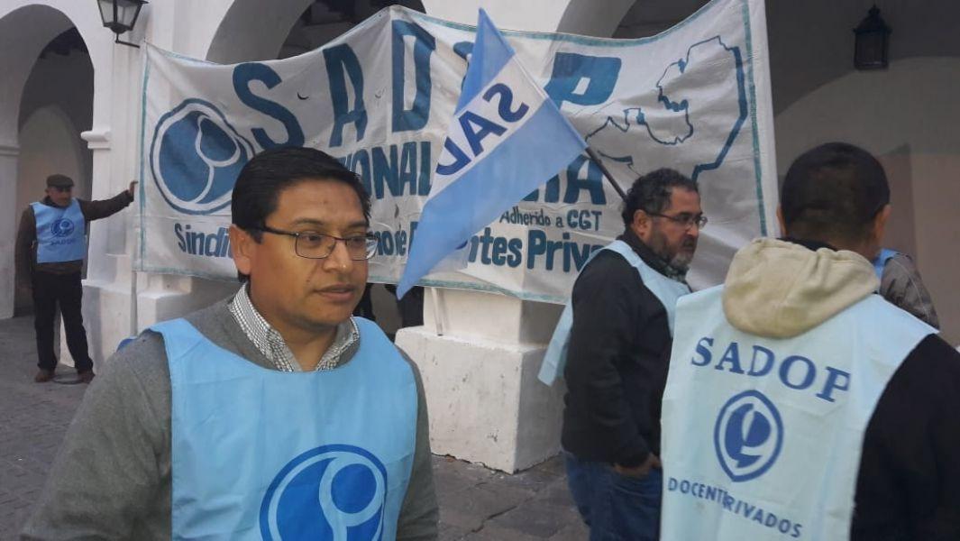 El secretario general de SADOP en Salta, Mario Palavecino, explicó que la reunión nace de acciones del Movimiento Nacional Docente.