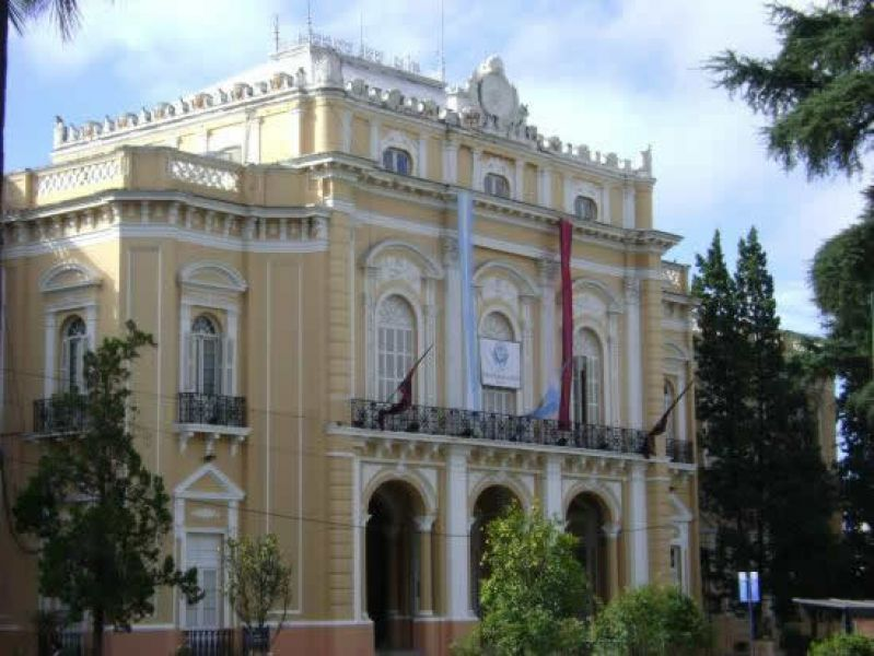 Tregua en el palacio legislativo por la semana del Milagro, luego de días de polémicos cruces entre legisladores.